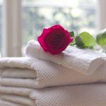 Encuentre un suministro de toallas de hotel